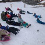 Prvňáčci si užívají sníh