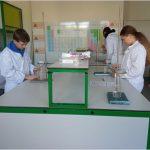 Chemické pokusy s 8. B